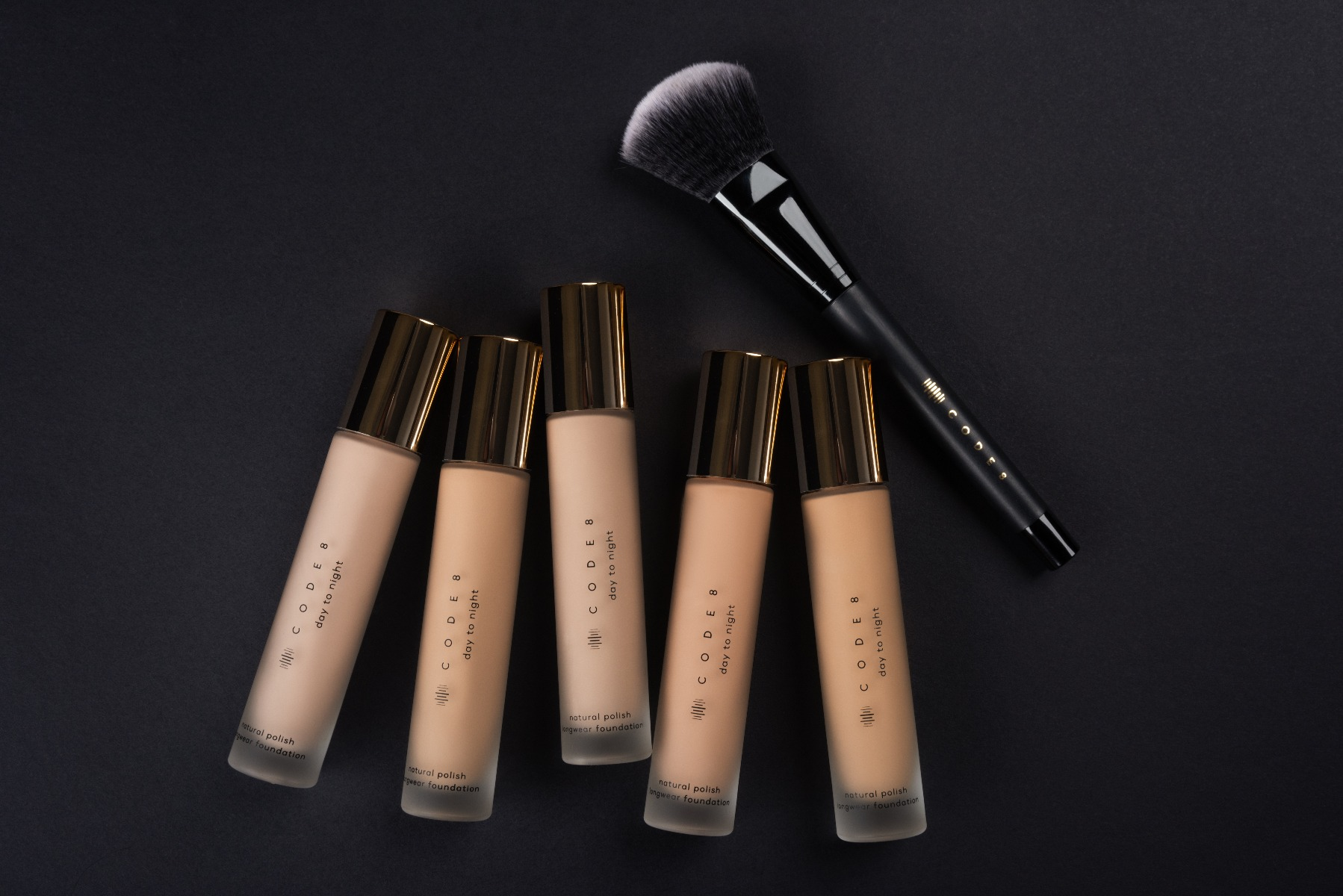 Apply Foundation Flawlessly With Brush