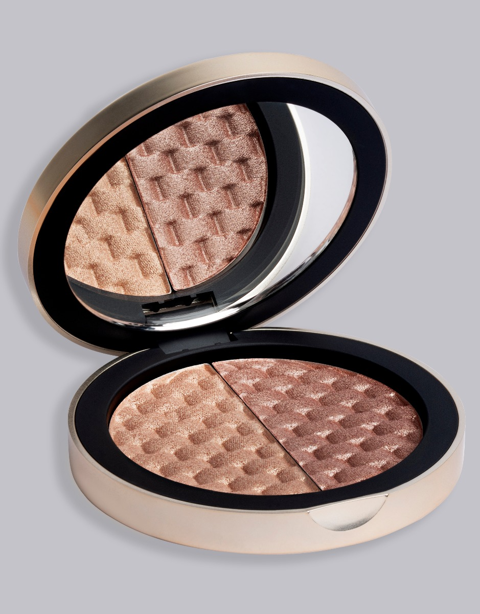 Complement Round Eyes Using Highlight