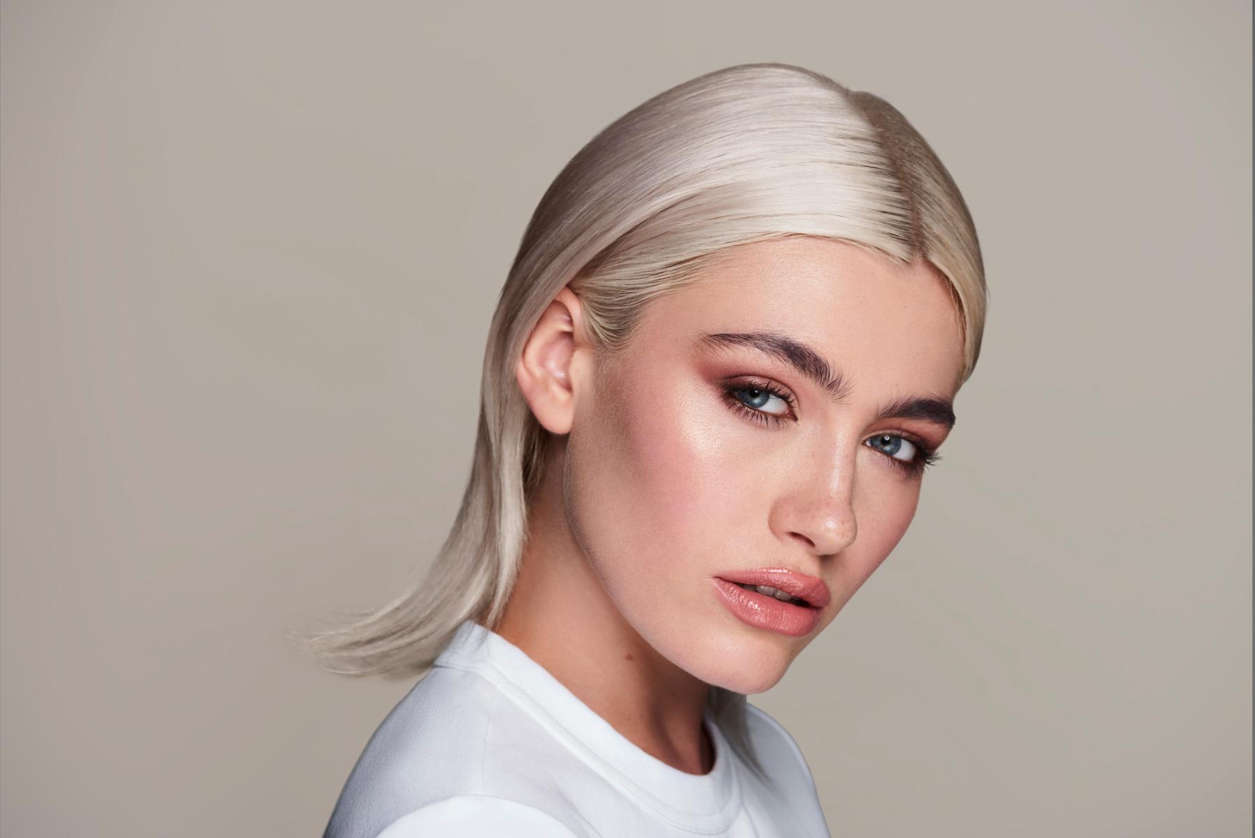 Tamed Eyebrows