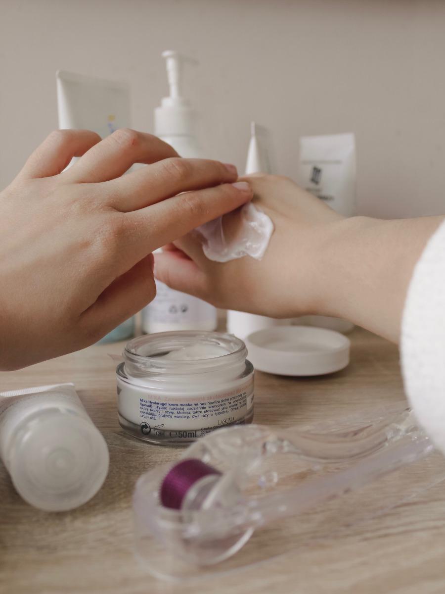 Cream Massaging Technique