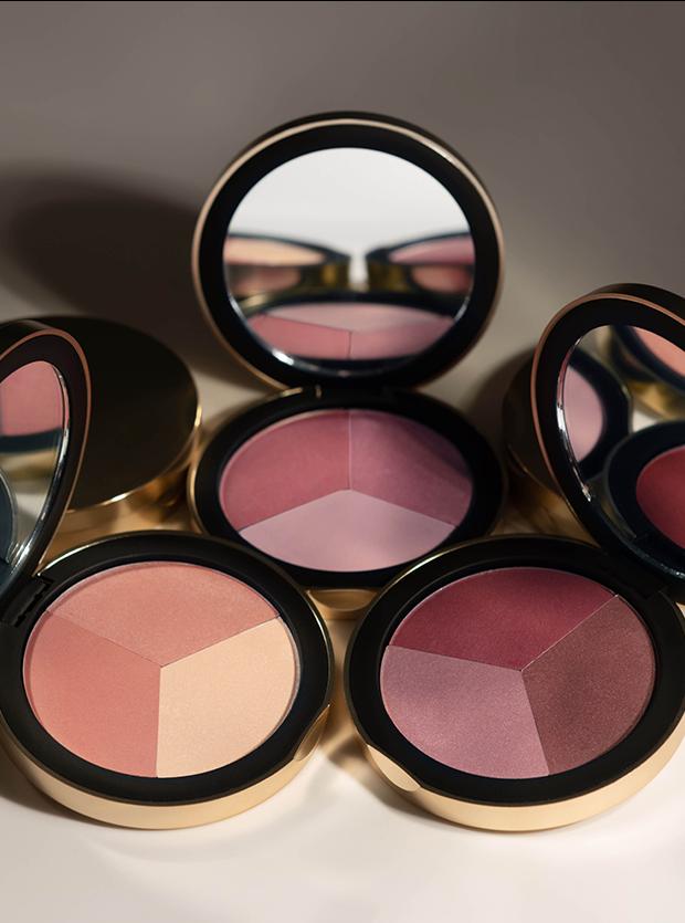 Code8 Beauty's Blush Palette