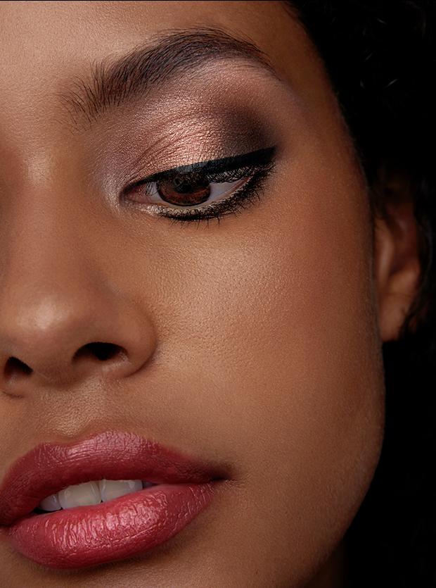 Precision Liquid Eyeliner in Black Friday Deals