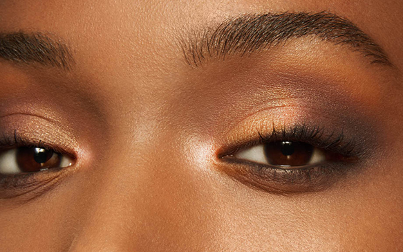 How To Apply Your Eyebrow Pencil For The Very Best Results