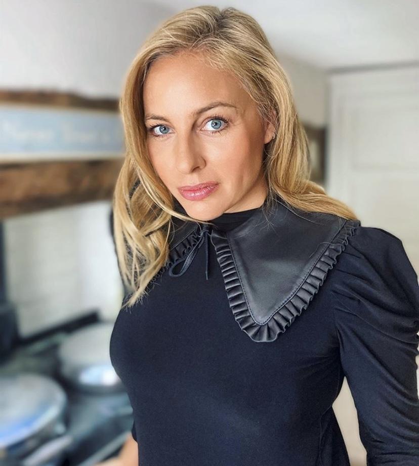 Natalia Wolski X Code8 Makeup look