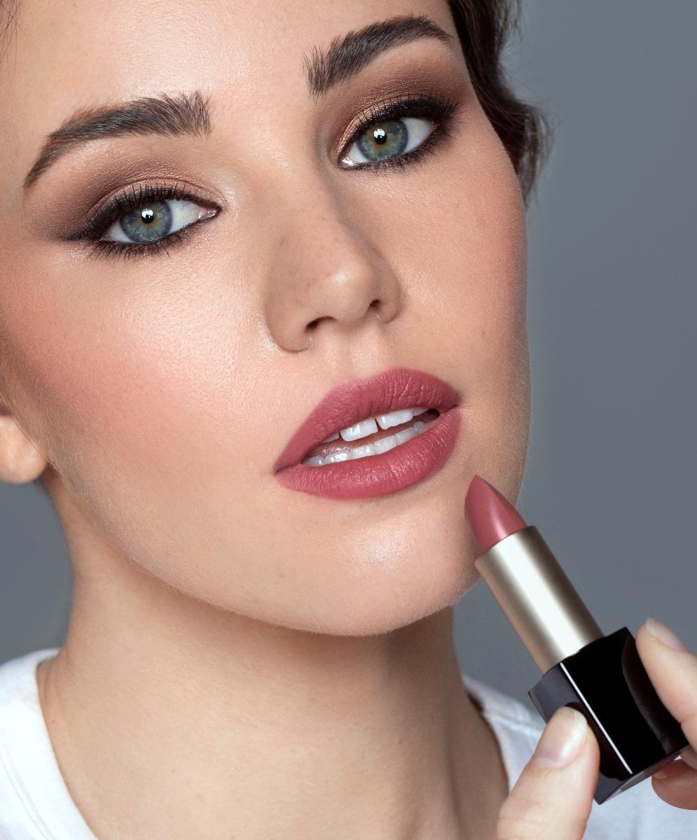 lima_lipstick_potrait-2