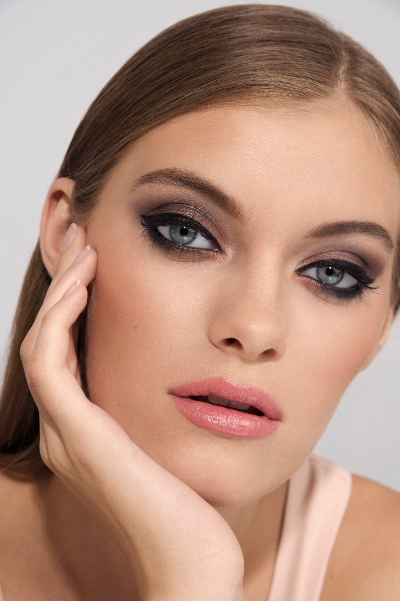 Makeup Look on Oily Skin