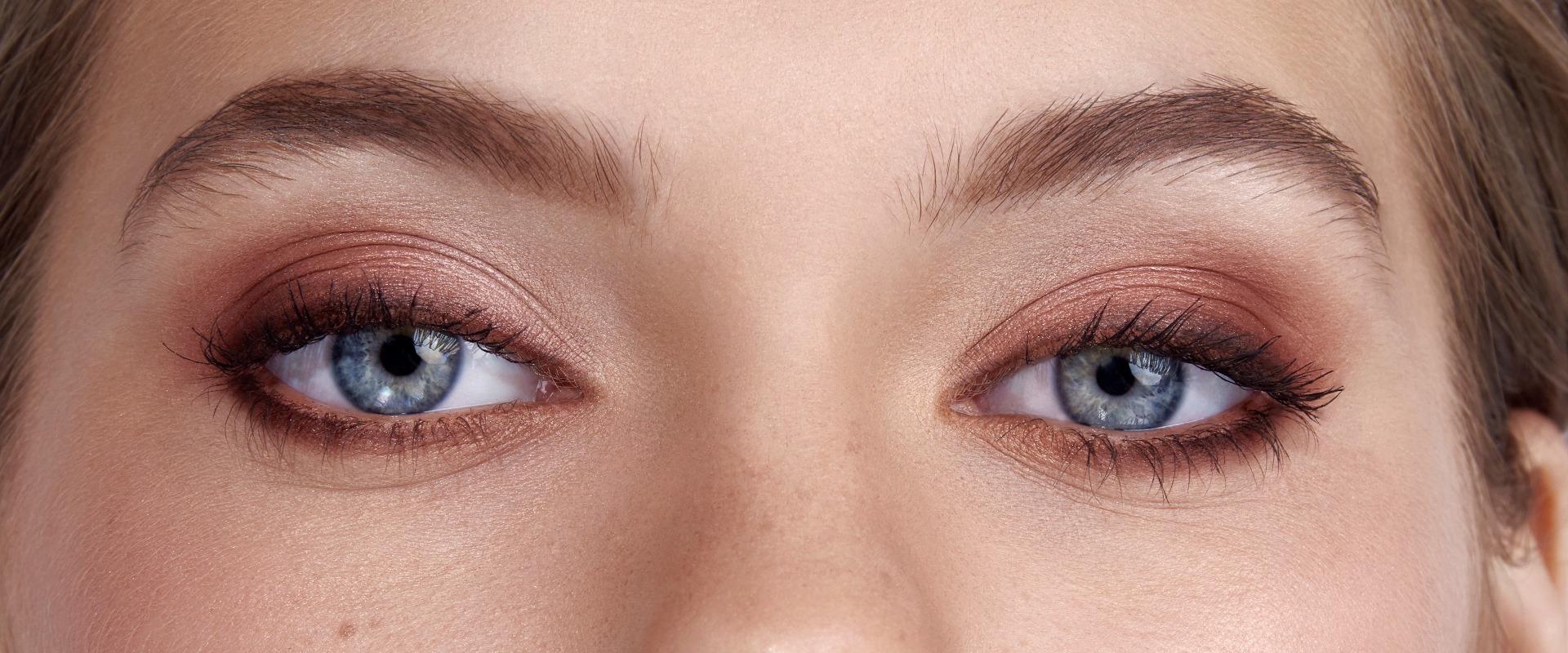 Eye Makeup on Blue Eyes